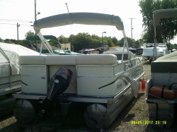 2014 - Avalon Pontoons - 14' Eagle Family